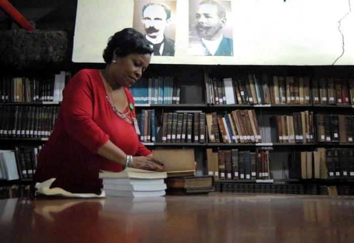 Comienza en Cuba Taller Internacional de Bibliotecas Especializadas