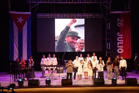 Desde la juventud y la cultura una Cantata por Fidel
