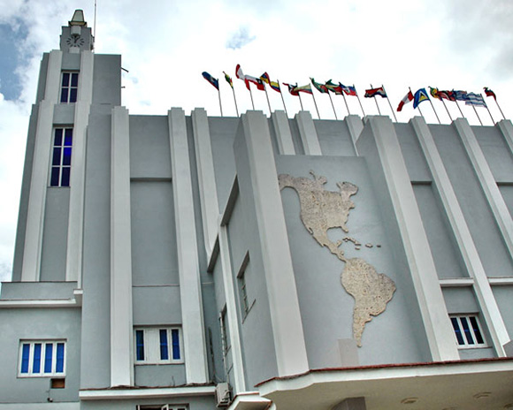 La Casa, como siempre, con Cuba y con Nuestra América