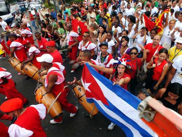 Festival de la juventud y los estudiantes en La Habana a ritmo de conga