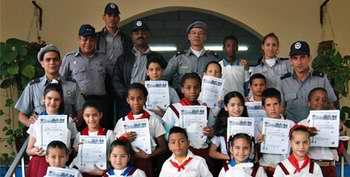 Entregan premios del concurso pioneril El MININT y yo. Foto Juventud Rebelde