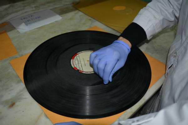Concluye en Cuba taller de conservación de archivos fonográficos