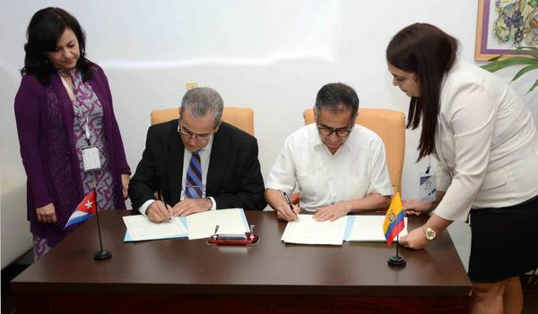 Cuba and Ecuador sign agreement on Education