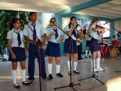 Instrucción artística en las escuelas cubanas.