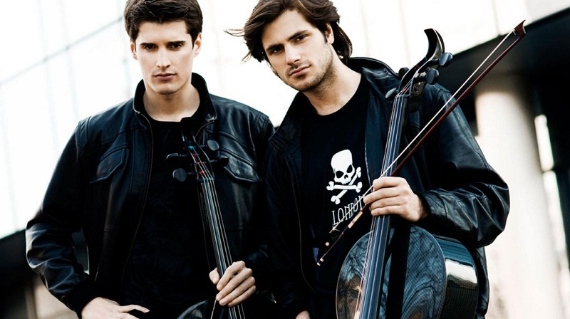 Two cellos that reinvent melodies