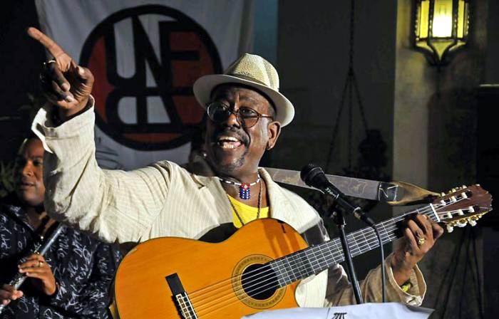 Falleció el cantautor cubano Alberto Tosca