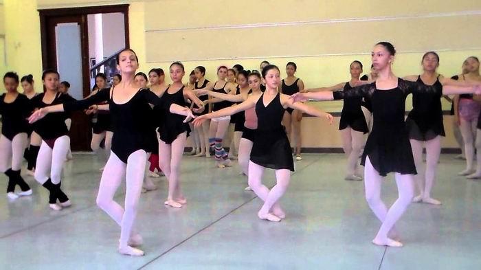Prepara Escuela Nacional de Ballet encuentro internacional entre academias