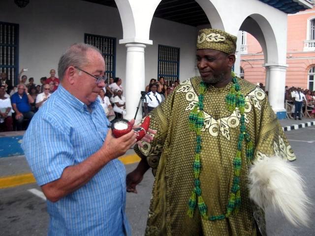 Mpaka del Festival del Caribe para Raúl Castro