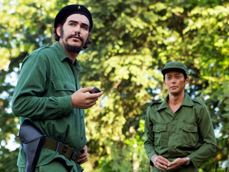 El actor Juan Miguel Valero interpreta al Che en el filme / Fotograma de la película