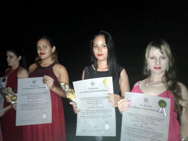 Nuevos graduados universitarios para Cuba y para el mundo