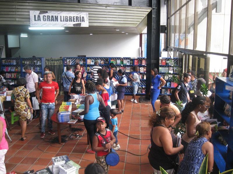 Llega la Feria del libro a Santiago de Cuba