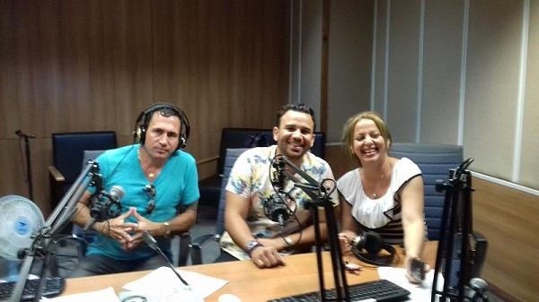 Álvaro Torres y JG de gira por Cuba