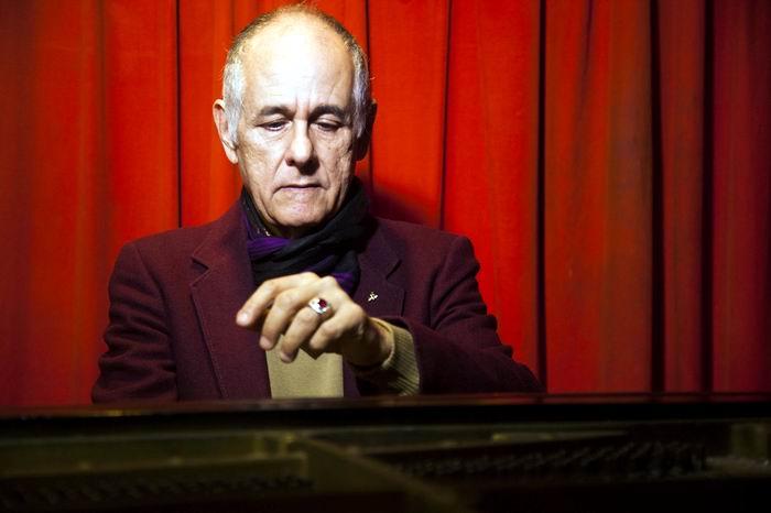 Se presentará en Bellas Artes pianista cubano Nelson Camacho