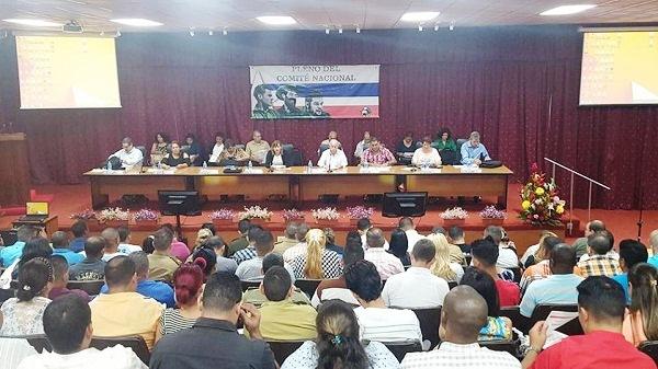 Evalúa Comité Nacional de la UJC impacto de cambios educacionales