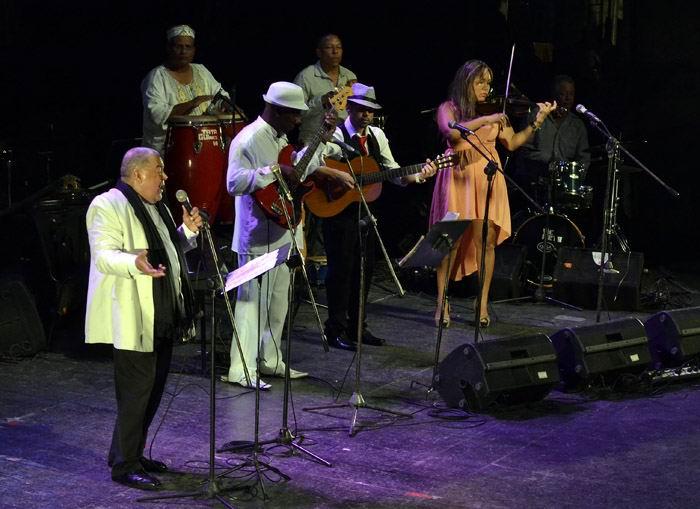 Danny Rivera a teatro lleno en La Habana (+Fotos)