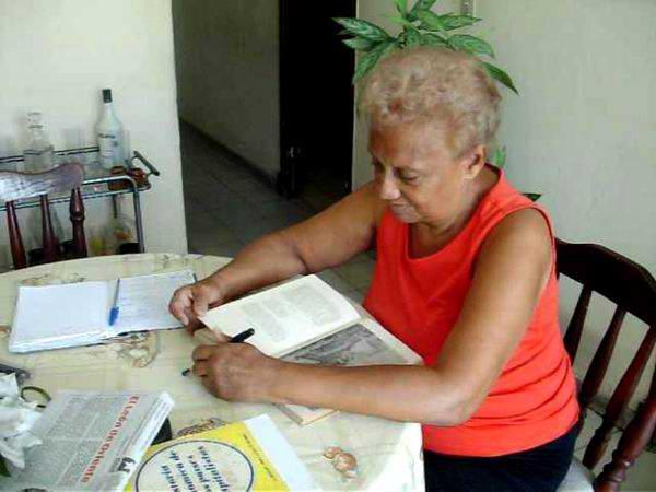 Entrevista a la Doctora Iraida Camejo, cuya tesis doctoral en el Caribe insular multiplica remembranzas, criterios, unidad. Foto Yirian García