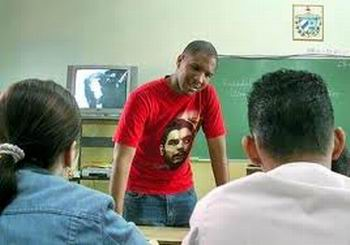 President of East Timor Extols Work of Cuban Pedagogues