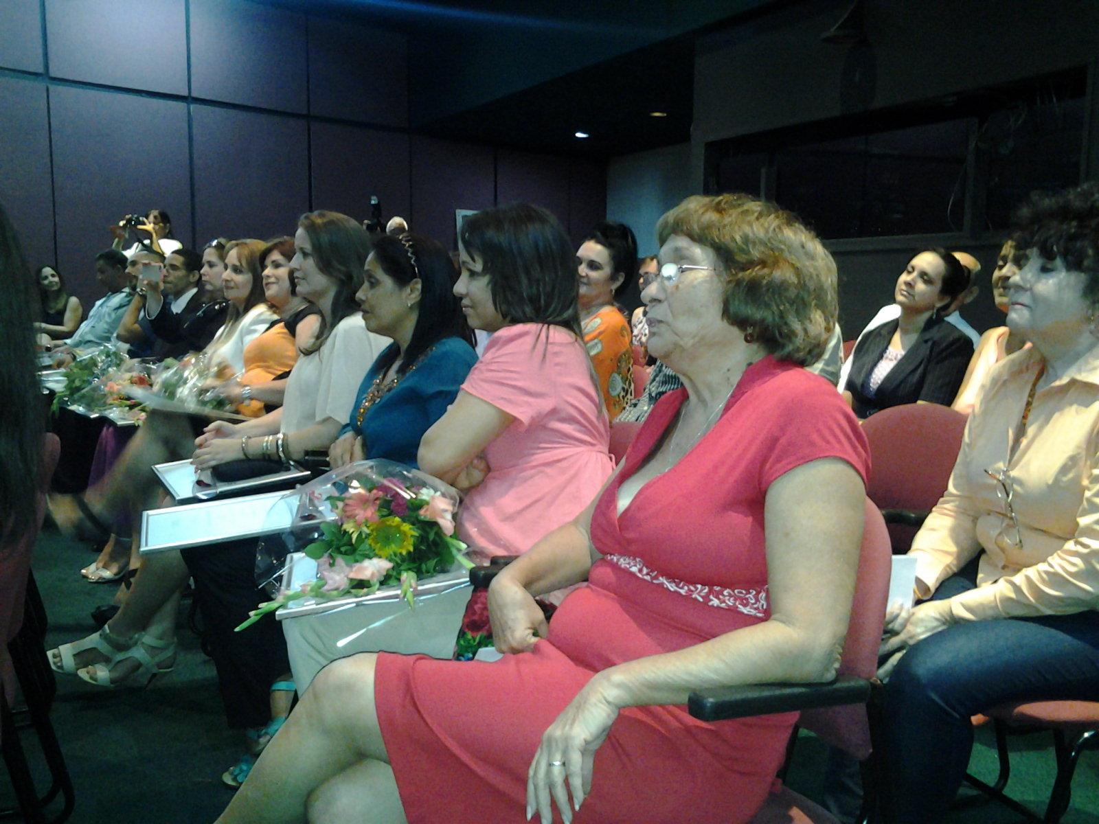 Reciben premios de Periodismo destacados profesionales de la prensa cubana. Foto: Isel Quitana