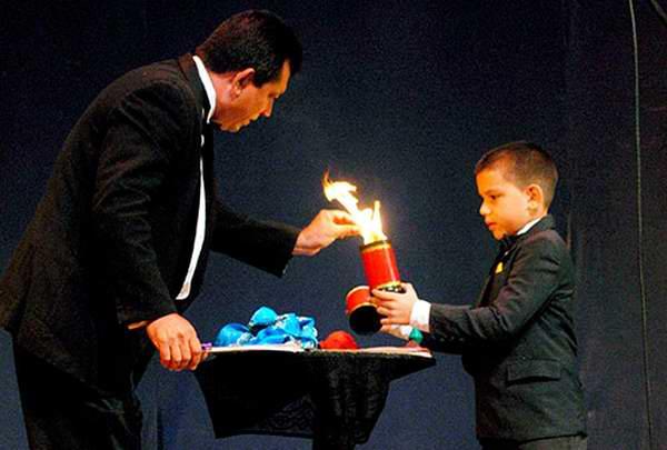Comenzó en Las Tunas festival de magia Ánfora 2017