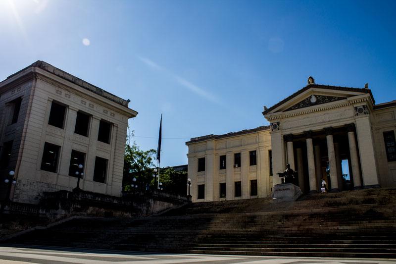 Celebran los 290 años de la fundación de la Universidad de La Habana