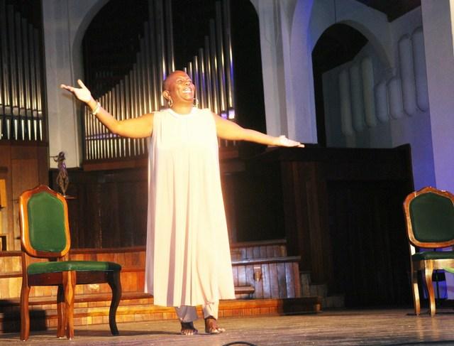 Premio Nacional de Teatro 2017 para actriz y dramaturga Fátima Patterson