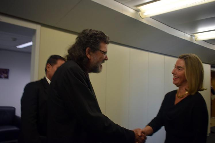 Recibe jefa de la diplomacia europea a Ministro de Cultura de Cuba