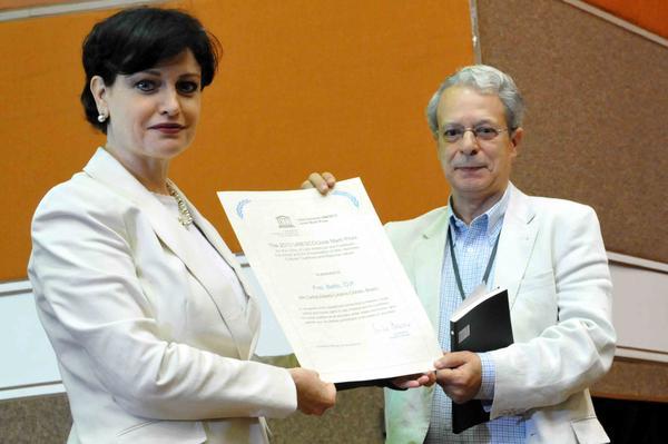 Teólogo brasileño Frei Betto recibe Premio Internacional José Martí de la UNESCO. Foto MArcelino Vázquez