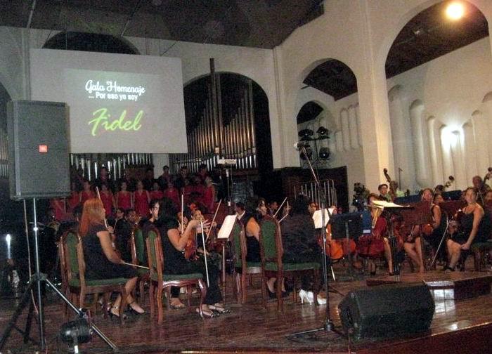 Estrenan en Santiago de Cuba himno