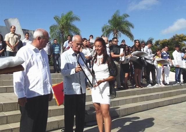 Graduación en la Universidad de Camagüey dedicada a Fidel (+Audio)