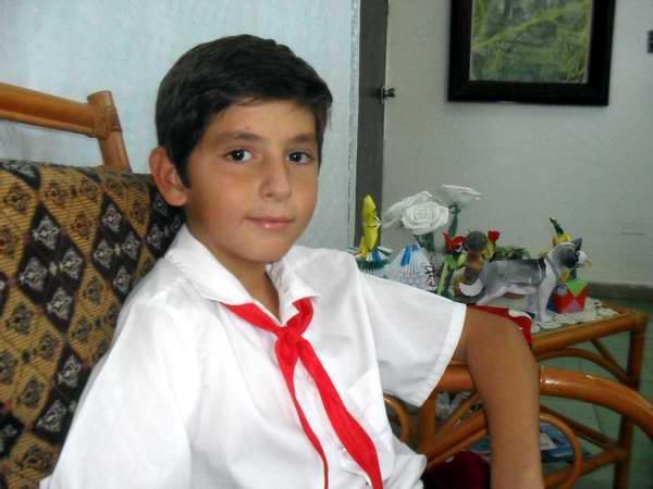 Guillermo Hughes, un niño de respuestas inteligentes. Foto Teresa Valenzuela