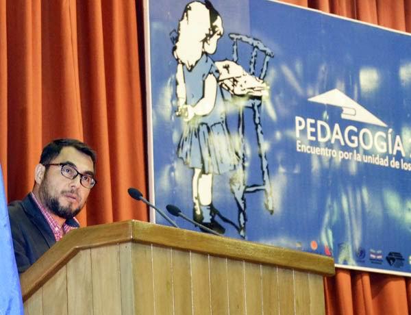 Asiste Díaz-Canel a la clausura de Pedagogía 2015. Foto: Abel rojas Barallobre.