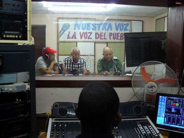 Los duendes informativos de la radio en Cuba (+Audio)