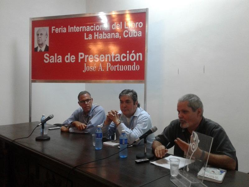 """Presentan """"La Guerra que se nos hace"""" Feria Internacional del Libro"""