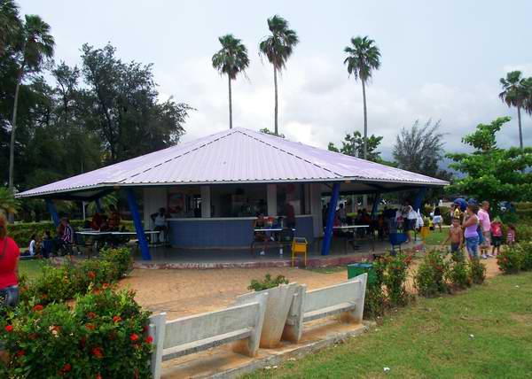 Oferta gastron�mica en la Isla del Coco