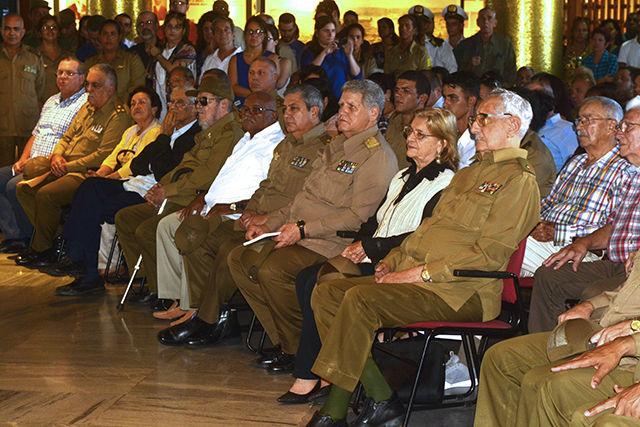 """Lanzamiento del libro """"Ahí viene Fidel"""". Foto: Roberto Garaicoa Martínez / Cubadebate"""