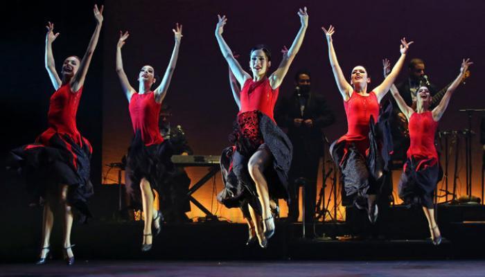 Pospone Ballet Lizt Alfonso Dance Cuba funciones de Fuerza y compás