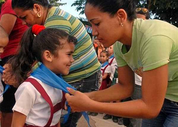 Maestra y pionera cubana