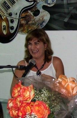 Entregan a Magda Resik Premio Nacional de Periodismo Cultural