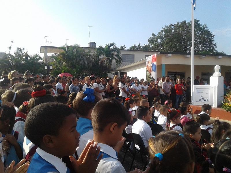 Reinaugura Ministra de Educación escuela de Mayabeque (+Fotos)