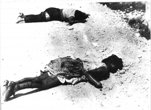 Testimonio fotográfico de civiles ametrallados, víctimas de la invasión mercenaria por Playa Girón. Foto: José Miguel Solís
