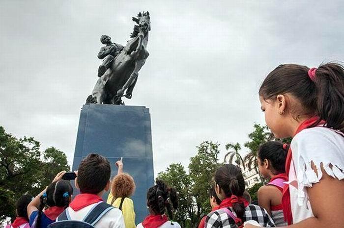 Estatua ecuestre de José Martí une a los pueblos de EEUU y Cuba. Foto: René Pérez Massola