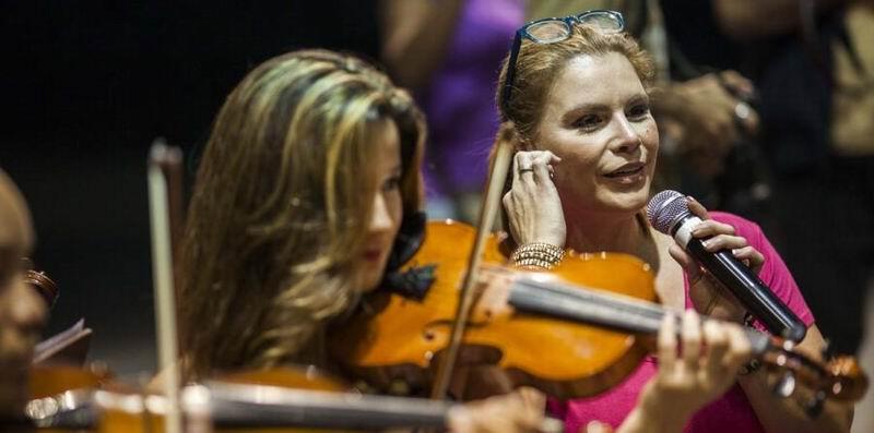 Lista santiago de cuba para el concierto que ofrecer hoy for Concierto hoy en santiago