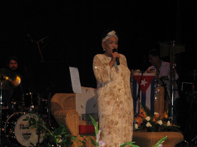 Omara Portuondo Opens Jazz Plaza in Santiago de Cuba