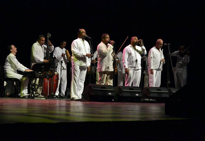 Orquesta Aragón. Foto: Abel Rojas Barallobre