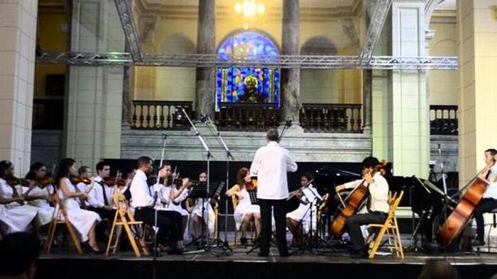 Concierto de la Orquesta Solistas de La Habana con afamado director Espa�ol
