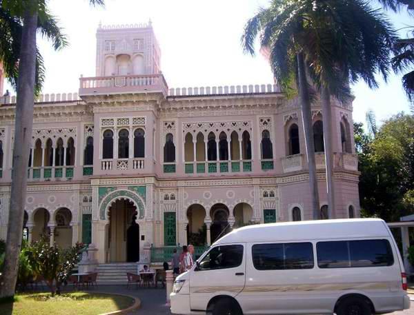 Palacio de Valle en Cienfuegos. Foto: Mireya Ojeda
