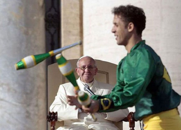 Pope Francis thanked artists of the Circus of Cuba