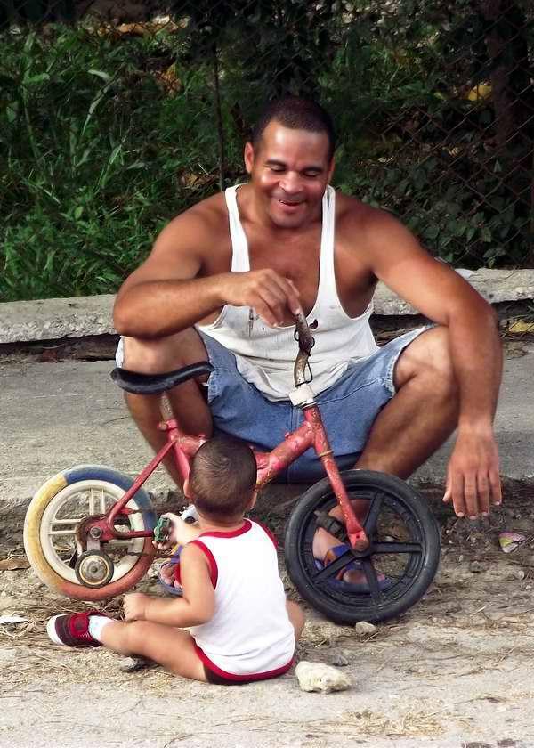 Papá y su ciclo dedicado a la familia