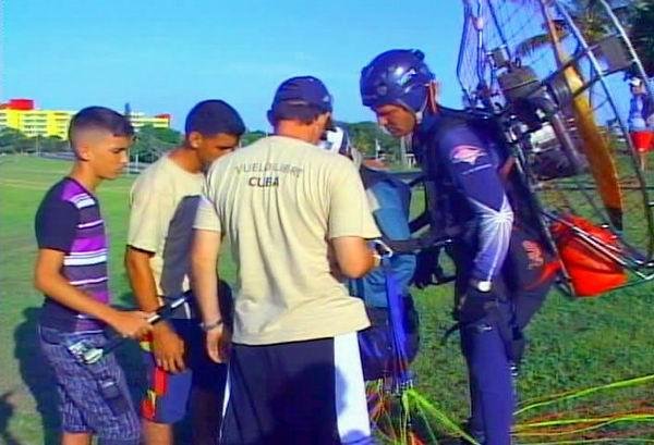 La iniciativa corrió a cargo del grupo de la Federación Cubana de Vuelo Libre
