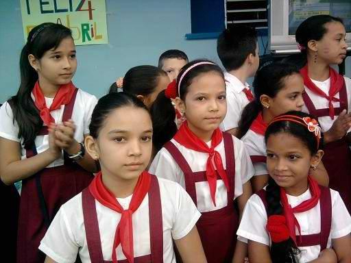 Los pioneros cubanos, como el Che. Foto Olivares